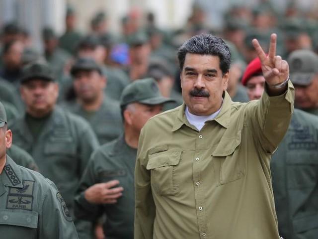 Parentes de Maduro são alvos | Investigações acham 700 contas secretas na Suíça em nome de venezuelanos