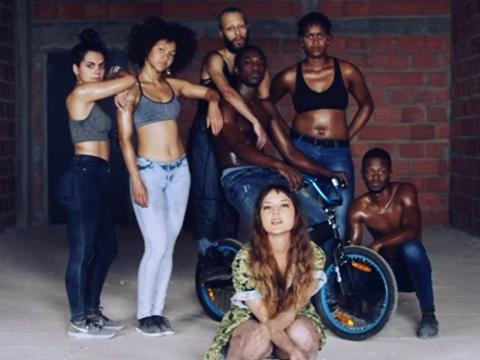Cantora brasileira acusada de fazer vídeo racista pede desculpas