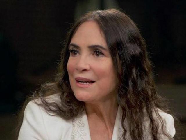 Regina Duarte pede desculpas por compartilhar fake news sobre Marisa Letícia