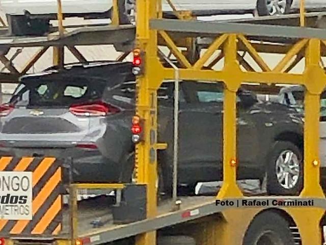 """Novo Chevrolet Tracker """"basicão"""" terá central multimídia"""