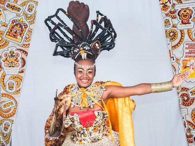 Nova Deusa do Ébano diz que já sofreu preconceito por causa do cabelo e fala de título: 'Símbolo de representatividade'