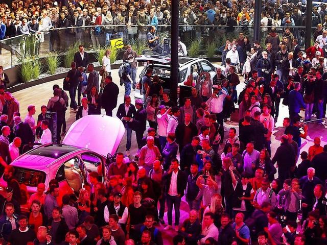 Diskussion mit Kritikern: Autobranche will weiter öffentlich debattieren
