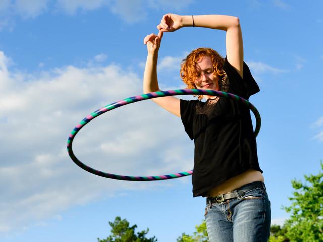 Fünf Hula-Hoop-Reifen für effektives Training mit Spaß – Anfänger und Profis