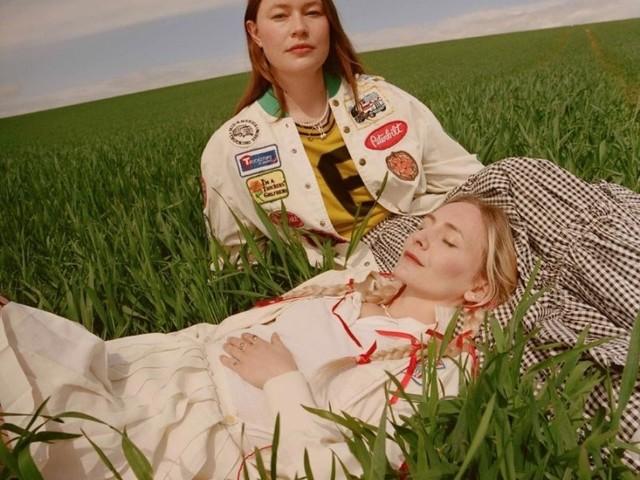 """VISIONS Premiere: Indie-Duo Wet Leg veröffentlicht Debütsingle """"Chaise Longue"""""""