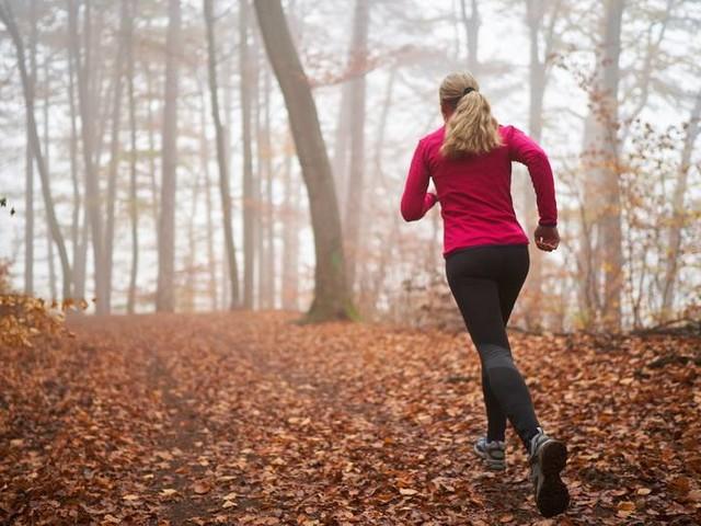 Fünf simple Tipps: Wie Du dich im Herbst zum Joggen motivierst