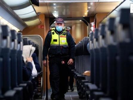 Deutsche Bahn: Harte Strafen und Verbote für Maskenverweigerer in Zügen