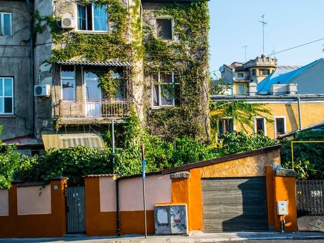 Bukarest: Alt und Neu in einer Stadt vereint