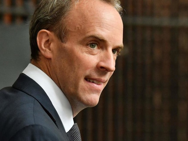 Britischer Außenminister gerät wegen Kreta-Urlaubs unter Druck