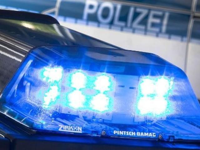 Beim Sichern der Unfallstelle: Porschefahrer bei Unfall tödlich verletzt