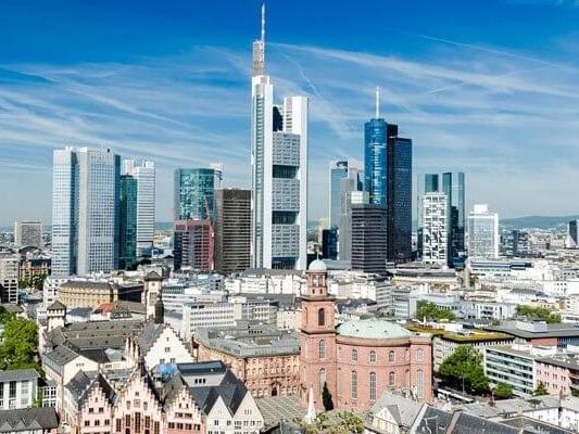 Flug Stuttgart - Frankfurt
