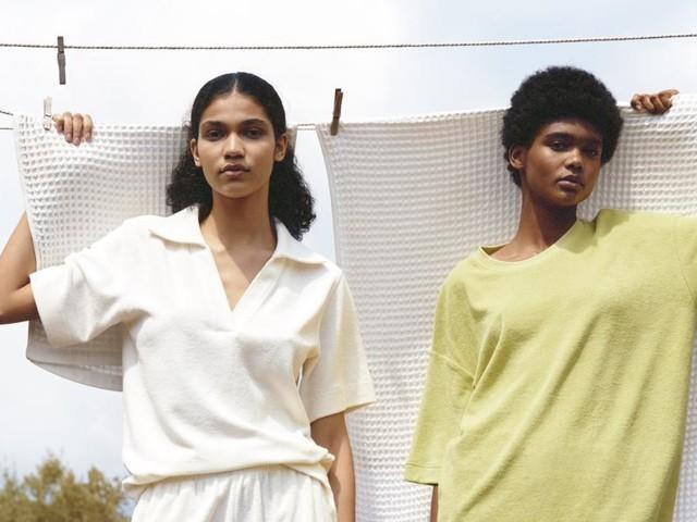 Frottee ist einer der größten Modetrends dieses Sommers