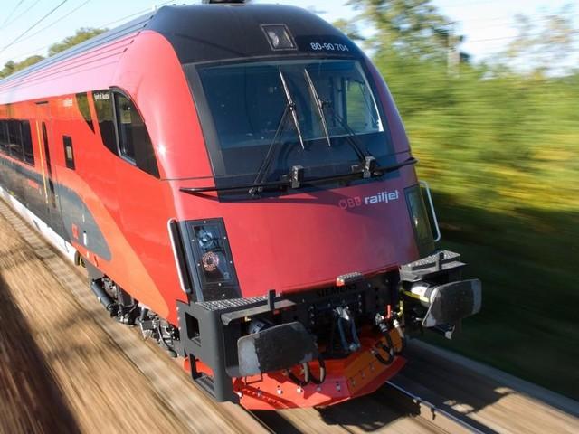 Weststrecke: Streit um weniger Züge