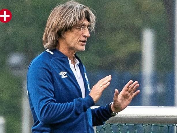 Schalke-Kommentar: Schalke: Lebens-Lehrer Norbert Elgert darf mehr fordern