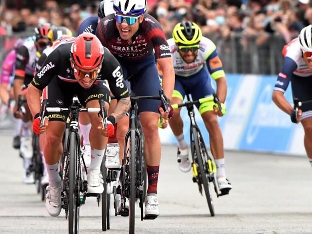 Giro d'Italia: Caleb Ewan feiert seinen zweiten Etappensieg