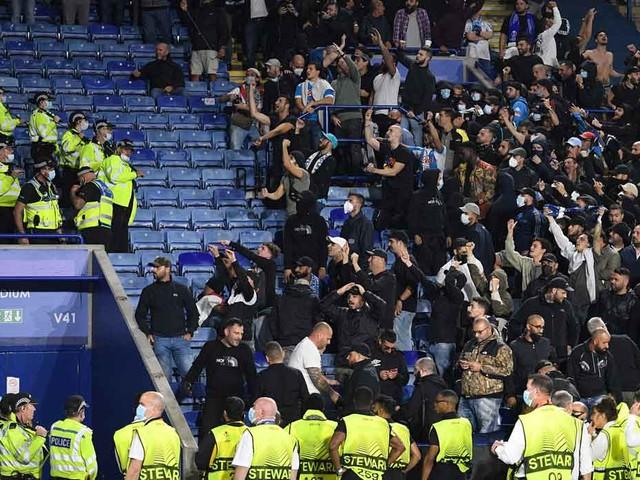 Europa League: Krawalle bei Leicester gegen Napoli