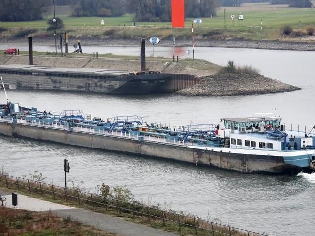 Teure Kraftstoffe: Die Flusspegel steigen - aber wann fallen die Spritpreise?