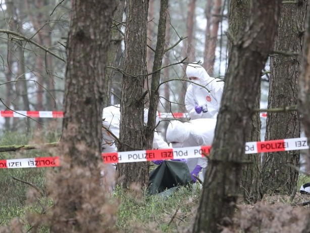 Hamburg: Mädchen findet menschliche Knochen in Fischbeker Heide