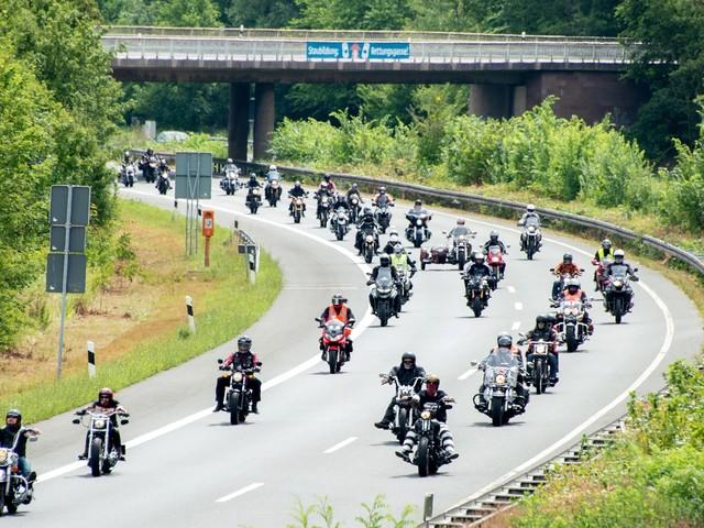 """ADAC gegen Motorrad-Fahrverbote: """"Mehr Kontrollen sinnvoller"""""""