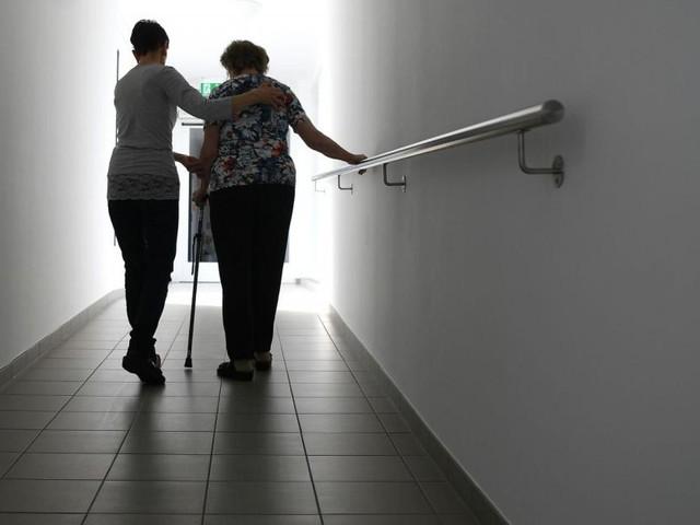 """Gesundes Altern: Ein """"Mutter-Kind-Pass"""" für Senioren"""