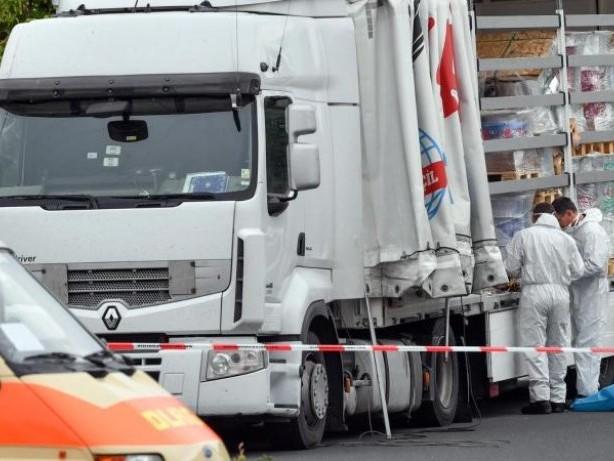 Prozesse: Prozess gegen Fahrer von Schleuser-Lastwagen beginnt
