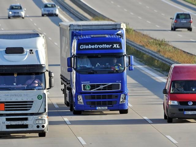 50.000 Kraftfahrer fehlen: Spediteure beklagen Nachwuchsmangel