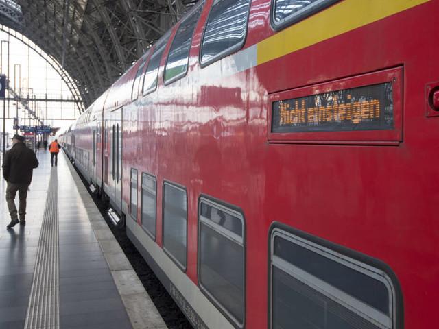Neue Kolumne bei TRAVELBOOK: Bei dieser Bahnfahrt ging mal wieder alles auf einmal schief…
