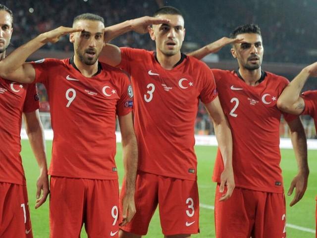 Türkei: Präsident Recep Tayyip Erdogan verteidigt Salut-Jubel der Fußballer