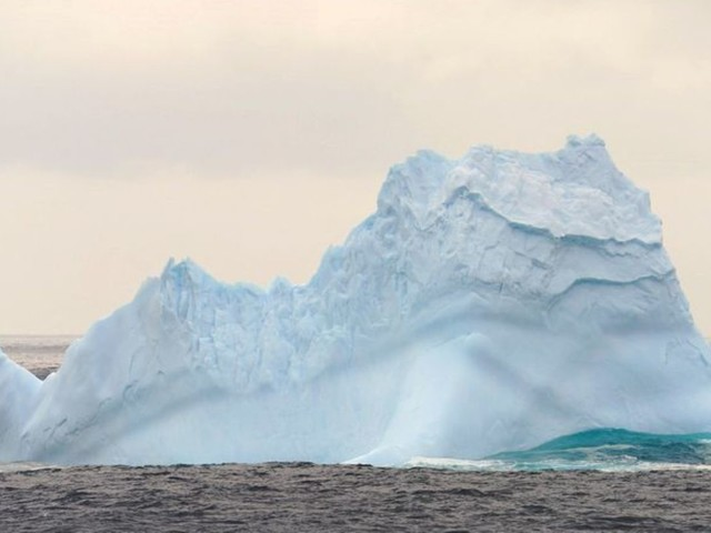 Ozonschicht: EU-Experten: Ozonloch über Antarktis ungewöhnlich groß