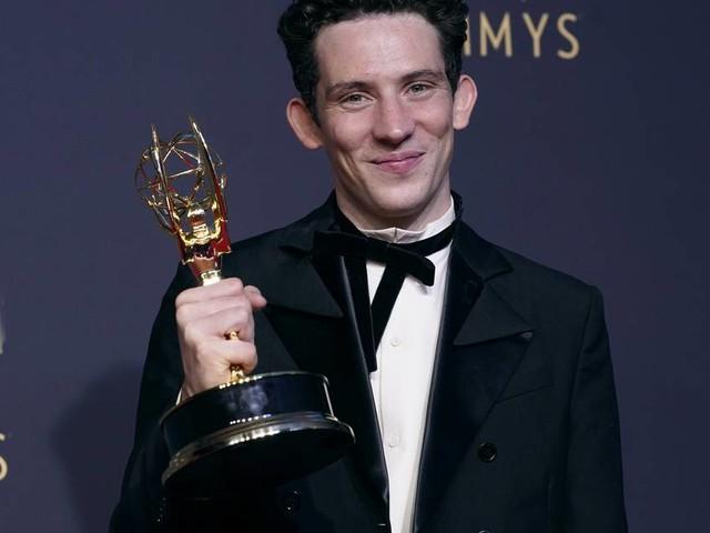 """Netflix-Serie mehrfach ausgezeichnet: """"The Crown"""" gewinnt Emmy als beste Drama-Serie"""