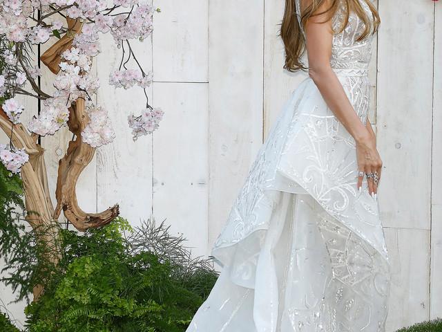 Wunderschön zur Star-Hochzeit : Wie extravagant wird ihr Brautkleid?