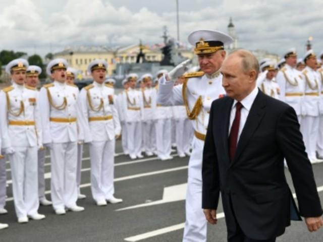 Putin rühmt Schlagkraft der russischen Flotte
