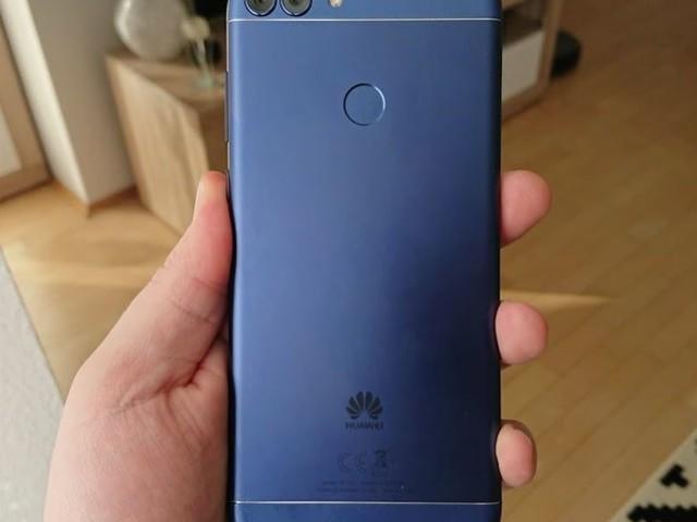 MediaMarkt Adventskalender (Tür 8): Huawei P smart und andere Hardware