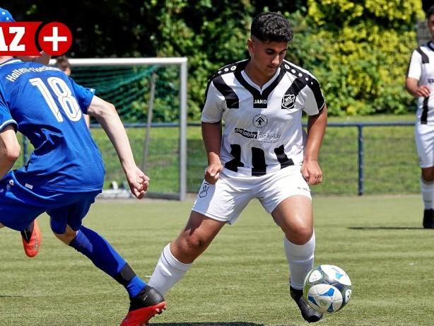 Fußball Testspiele: U15 des BV Rentfort gewinnt schon wieder ein irres Spiel