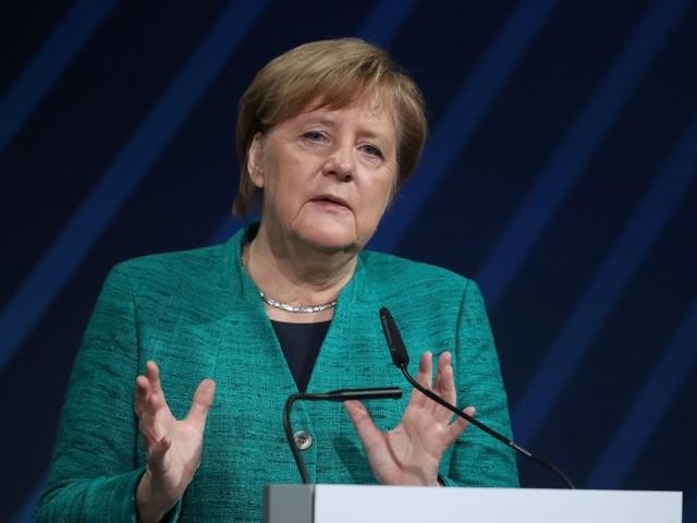 GroKo-Streit: Merkel akzeptiert Schelte der Industrie