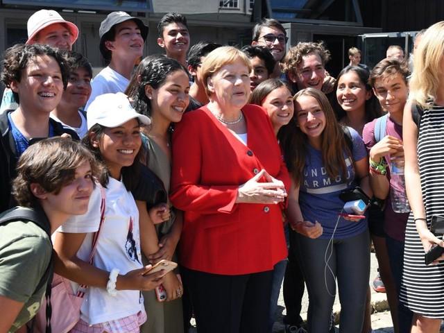 Merkel gesteht ungewöhnlich deutlich einen Fehler ihrer Partei ein