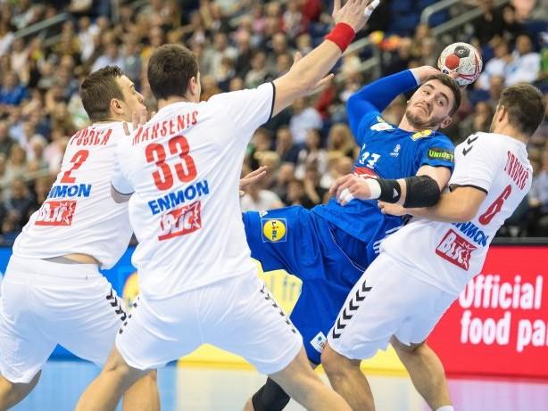 Handball-WM: Frankreich bleibt Deutschland auf den Fersen
