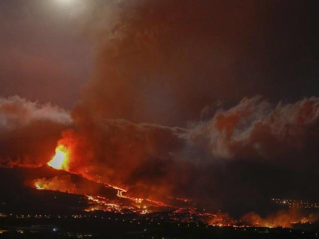 Vulkanforscher über Ausbruch auf La Palma: Sollte man jetzt noch Urlaub auf den Kanaren machen, Herr Klügel?