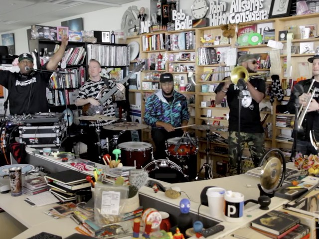 Video: DJ Premier spielt mit Live-Band ein Tiny Desk Concert