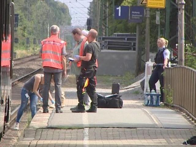 """Soll vorerst in geschlossene Psychiatrie - Gutachter: Bahnsteig-Mörder von Voerde """"nicht voll schuldfähig"""""""