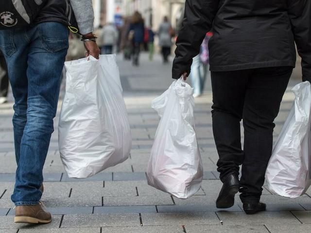 Medienbericht: Umweltministerin Schulze arbeitet an Plastiktüten-Verbot