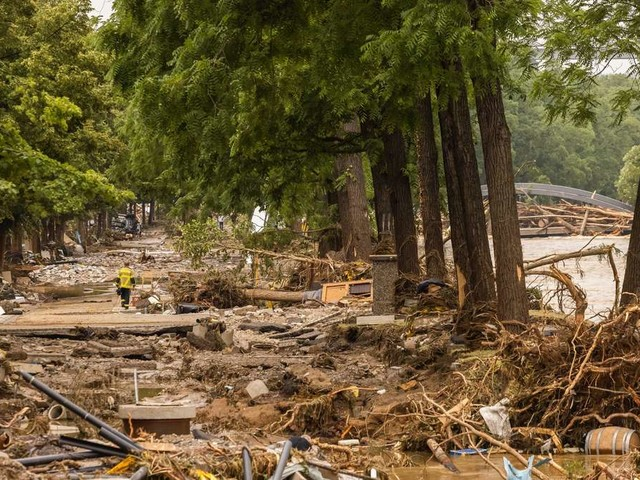 """Nach der Flutkatastrophe drohen erneut starke Regenfälle – Situation wird """"aufmerksam"""" beobachtet"""