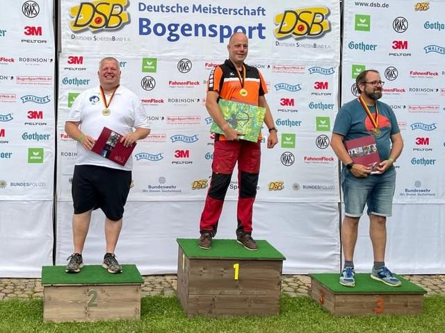 Delmenhorster Bogensportler Jens Liebich kehrt mit Silber von der DM zurück