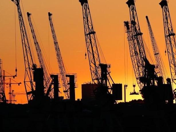Exprten sehen schwarz: Ifo-Umfrage: Weltwirtschaftsklima deutlich schlechter
