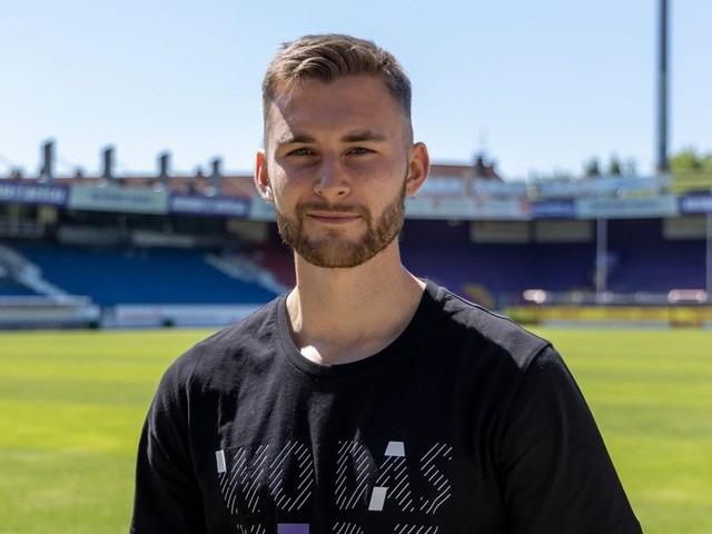 VfL Osnabrück verpflichtet Felix Higl: Großer Stürmer, großer Name