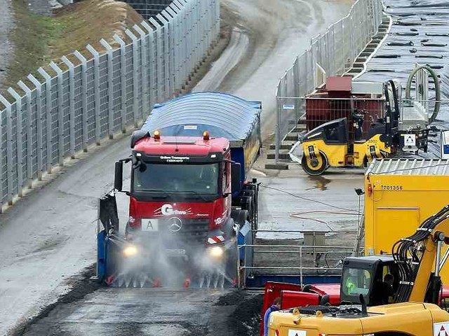 Rheinbrücke in Leverkusen: 64.000 Tonnen Giftmüll müssenraus