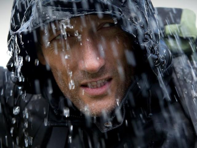 Herrenmode: Bei Wind und Wetter: Auf diese Regenjacken ist Verlass