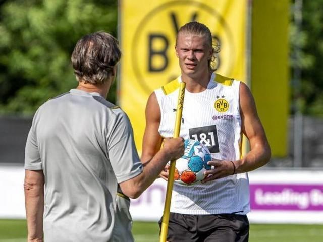 BVB-Sportdirektor Zorc dementiert Gerüchte um Haaland