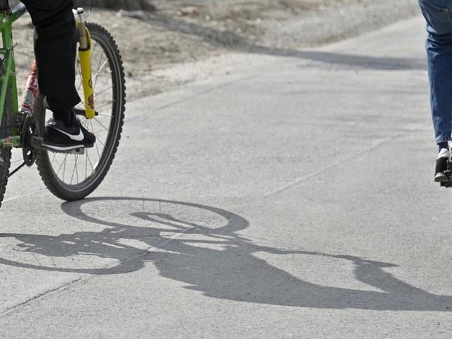 Drei Mädchen sollen Bub geschlagen und sein Fahrrad gestohlen haben