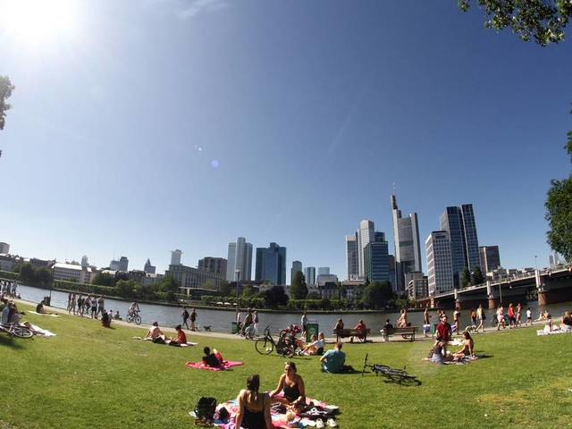 Erste Hitzewelle erreicht Deutschland, dann drohen wieder kräftige Unwetter