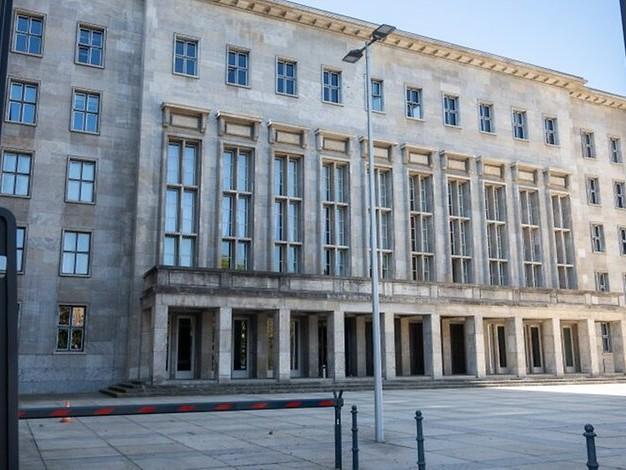 Rundschau-Debatte des Tages: Wie kam es zur Razzia im Finanzministerium?